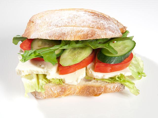 Beyaz Peynirli Sandviç