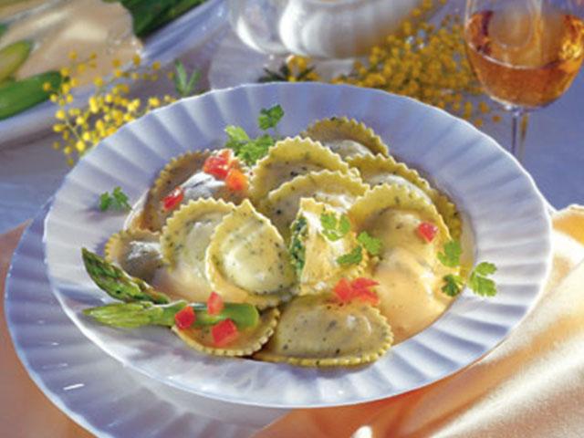 Mozarella ve Domatesli Tortelli