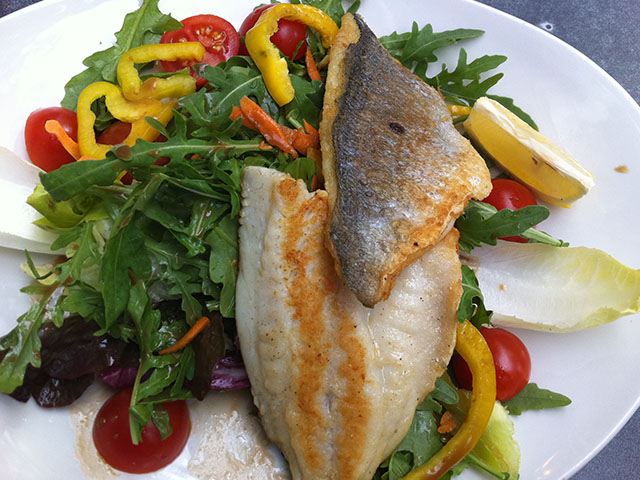 Levrek Salata